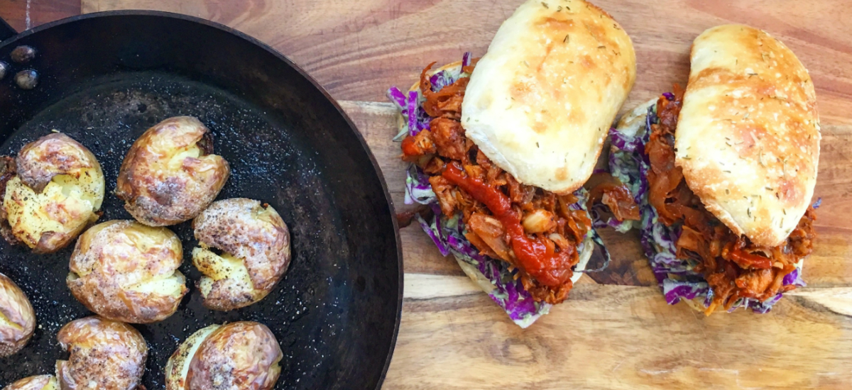 BBQ pulled jackfruit burger with smashed potatoes