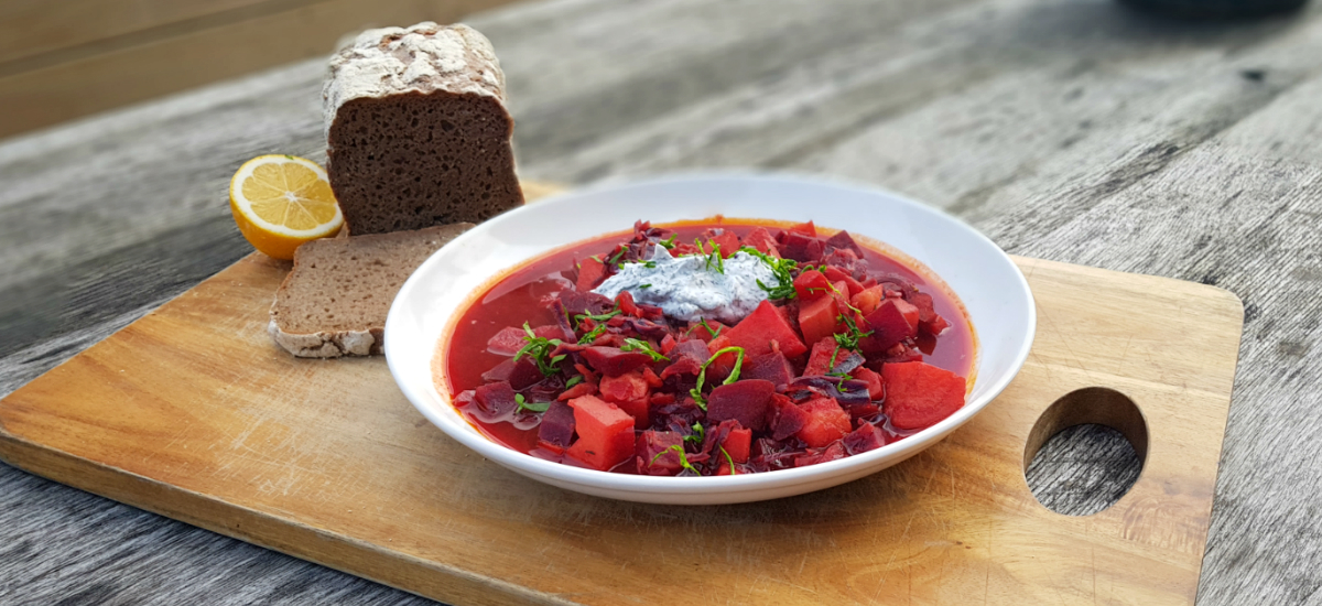 Borscht with dill yoghurt and rye bread